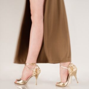 Emily W_B Malaga Gold x Plain Platino